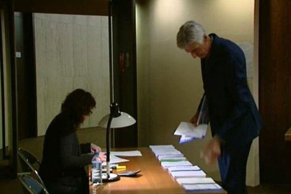 Albéric de Montgolfier, Gérard Cornu et Chantal Deseyne ont été élus.