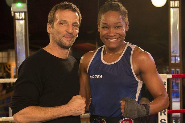 Le réalisateur Mathieu Kassovitz et la boxeuse Ericka Guerrier, au Havre, en février dernier, lors du championnat de France de boxe féminine