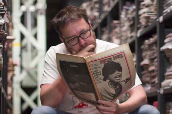 James Hymann détient la plus grande collection de revues et magazines papiers dans le monde