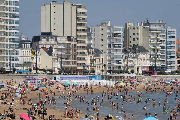 Les vacanciers pourront à nouveau profiter de la Grande plage des Sables-d'Olonnes, ce lundi 23 juillet