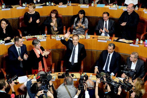 Jean-Guy Talamoni élu président de l'Assemblée de Corse, le 18 décembre 2015.