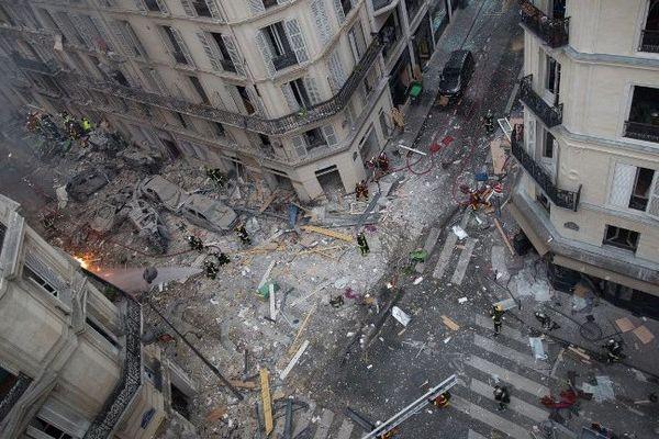 Vue aérienne après l'explosion au 6 rue de Trévise (Paris IXe).