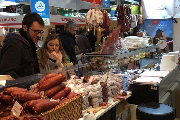 Les charcuteries, le fromage et le vin de Bourgogne-Franche-Comté attirent chaque année de nombreux gourmands sur le SIA 2018.