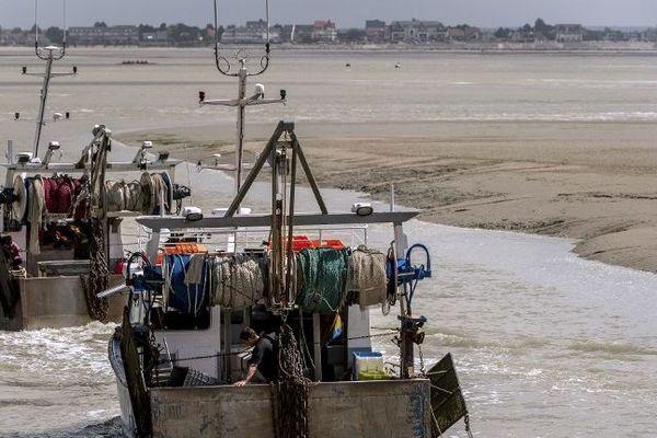 Bateaux de pêche en baie de Somme
