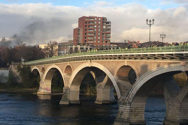 Sur le pont des Catalans...