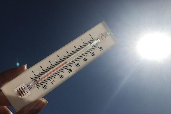 Jusqu'à 25°C sont attendus à Clermont-Ferrand le 31 mars, selon Météo France.