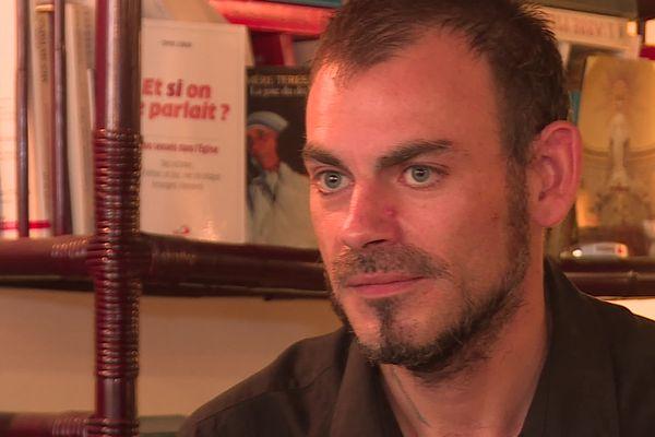 Sébastien Liautaud habite désormais à la Motte dans le département du Var.