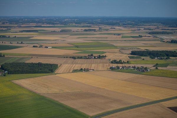 Des terres agricoles près d'Ambroise, dans l'Indre.