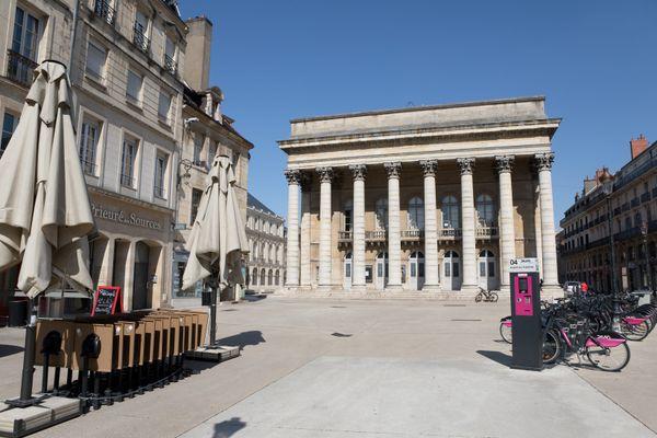 Les rues vides de Dijon pendant le confinement.