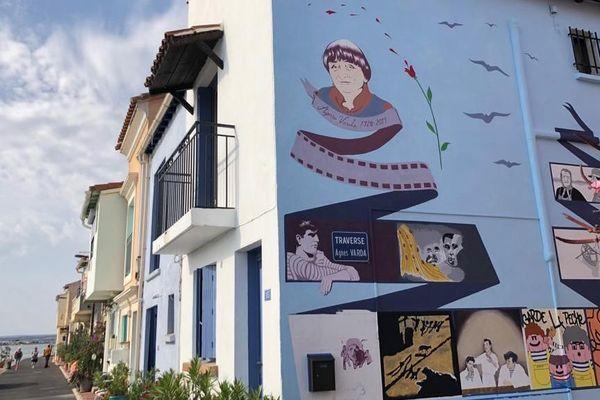 Fresque de l'artiste américaine Barbara Carrasco peinte sur le mur d'une maison de la Pointe Courte à Sète durant la manifestation artistique Sète/Los Angeles 2019