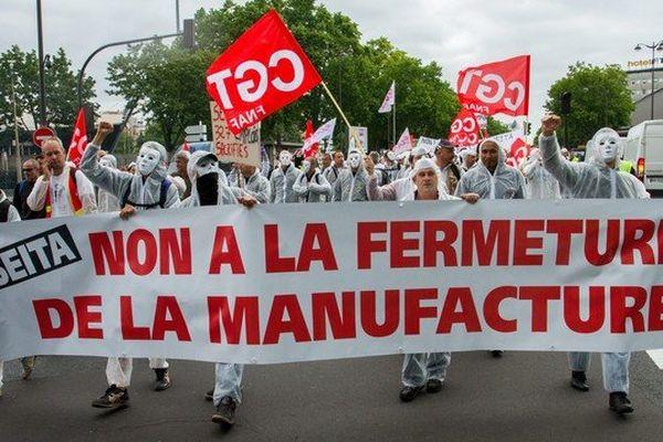 Pendant que les salariés de l'usine Seita de Carquefou perdent leurs emplois, le groupe Imperial Tobacco qui les emploie annonce +57% de son bénéfice net