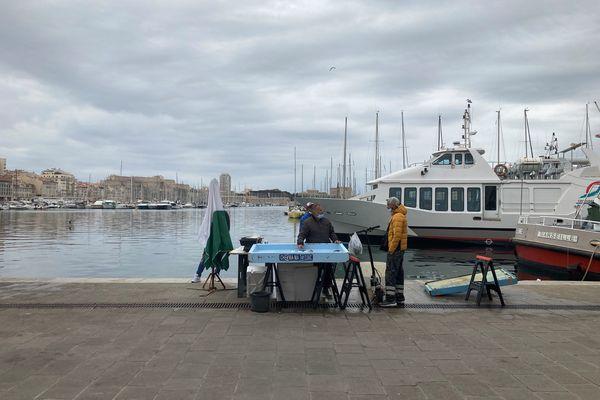 Le Vieux-Port de Marseille, quasi désert ce samedi 10 avril 2021.