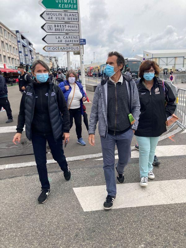 Christine et Yves Bonnamour ce samedi à Brest au départ du Tour de France