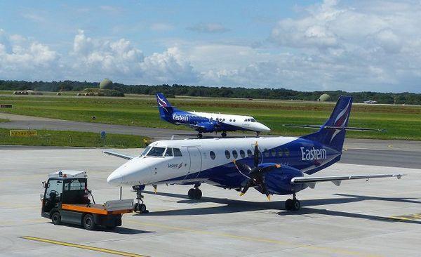 Un avion de 29 places de Eastern Airways sur le tarmac de Lorient