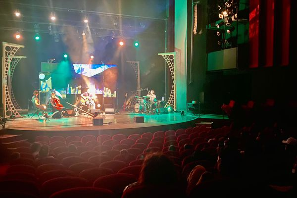 Des représentations scolaires se sont tenues en avant-première au théâtre de Bastia les jeudi 16 et vendredi 17 septembre.