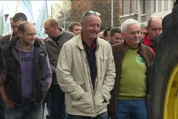 Les agriculteurs ont défilé ce lundi matin à Châteauroux