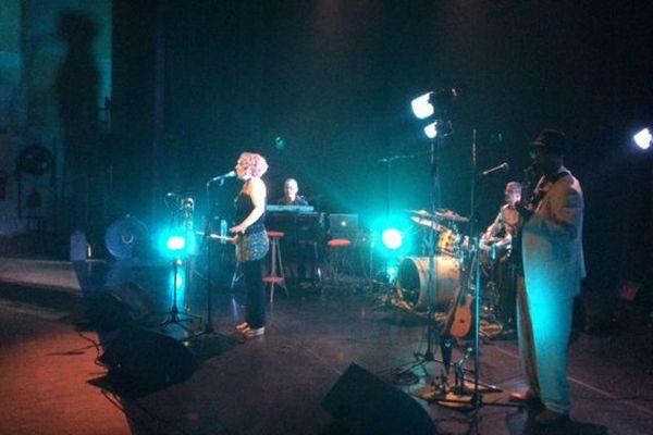 Les Blue Babil en répétition avant leur concert à l'espace Lionel Boutrouche d'Ingré près d'Orléans.