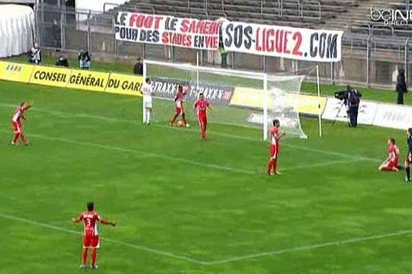 Nîmes - les Crocos marquent 3 buts, mais Lens également, match nul - 22 mars 2014.