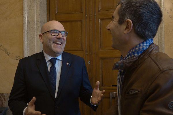 François Ruffin et Bruno Bonnell à l'Assemblée Nationale  / ©Gilles Perret - Les 400 clous