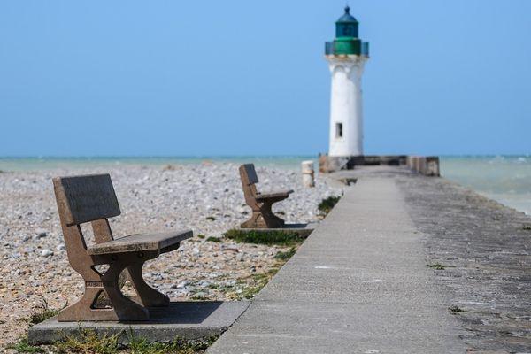 Après dissipation de la grisaille en matinée, beaux moments ensoleillés en Normandie