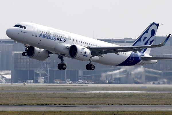 L'Airbus A320neo lors de son premier vol en 2014 depuis l'aéroport de Toulouse-Blagnac.