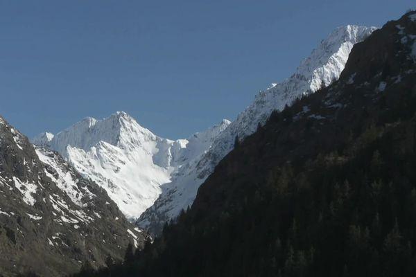 Dans les Alpes, le risque d'avalanches persiste