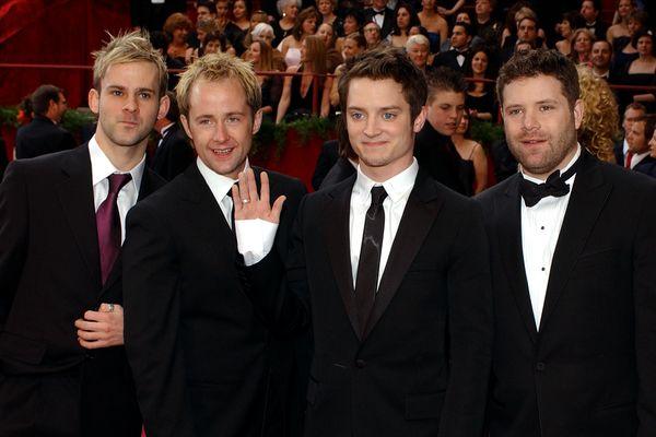 De gauche à droite, des acteurs du Seigneur des Anneaux Dominic Monaghan, Billy Boyd et Elijah Wood, Sean Astin.
