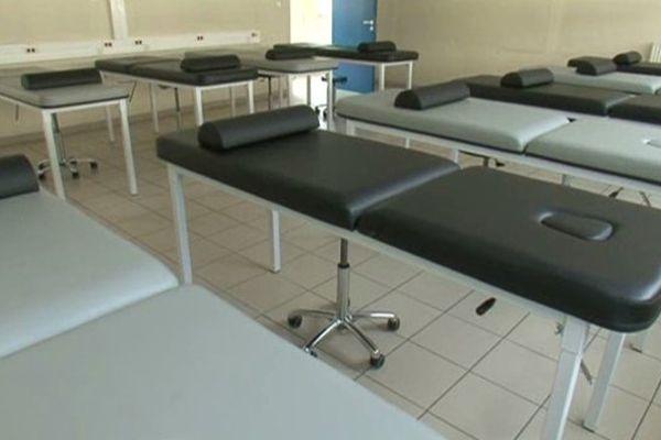 Béziers (Hérault) - une salle de cours vide du CLESI Fernando-Pessoa - 16 septembre 2013.