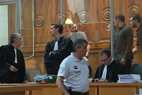 Nîmes - procès d'assises de 2 accusés d'actes de torture et de barbarie lors d'un home-jacking en 2014 chez le gérant du supermarché Leclerc - 29 mai 2018.