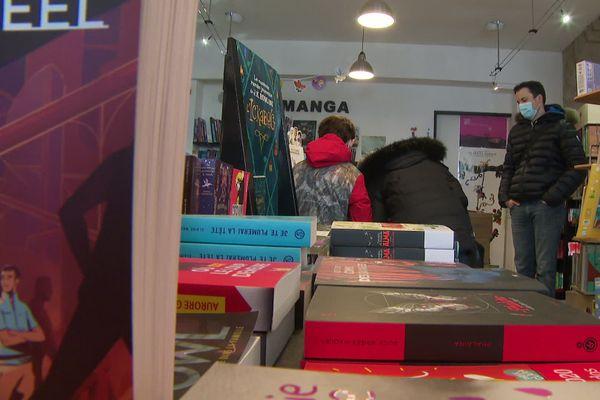 Près de 300 livres ont été commandés par le département de l'Isère à une librairie de Bourgoin-Jallieu.
