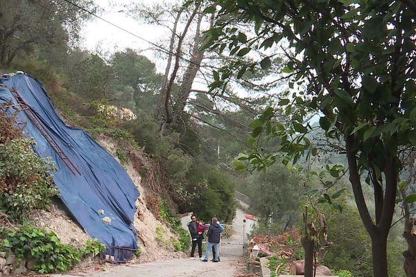 A Drap, les familles de sinistrés s'unissent en collectif pour obtenir des indemnisations de la part des assurances suite aux intempéries de novembre.