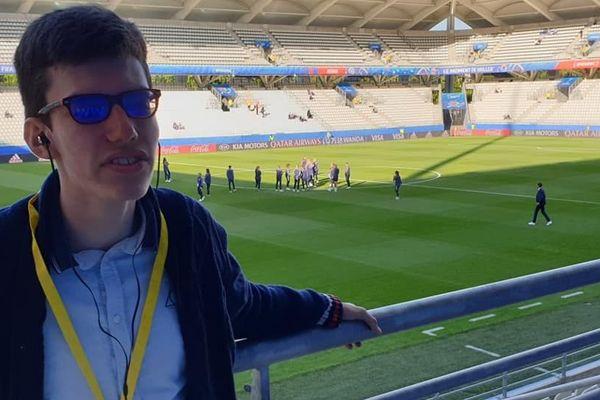"""Charles a apprécié l'audiodescription lors du match Norvège-Nigéria. """"J'ai apprécié que les commentateurs se soient concentrés à 100% sur la description du match, sans faire de bla-bla""""."""
