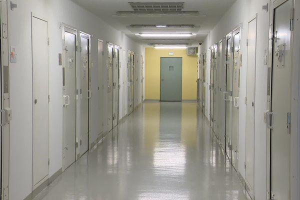 A partir du 11 mai, le déconfinement en prison va se traduire par une reprise progressive des parloirs et des activités de détenus. Ici, intérieur du centre pénitentiaire de Valence - Avril 2020