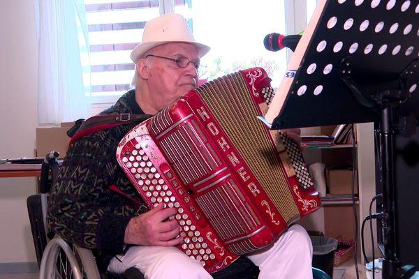 James Grangereau sort un deuxième album à 85 ans