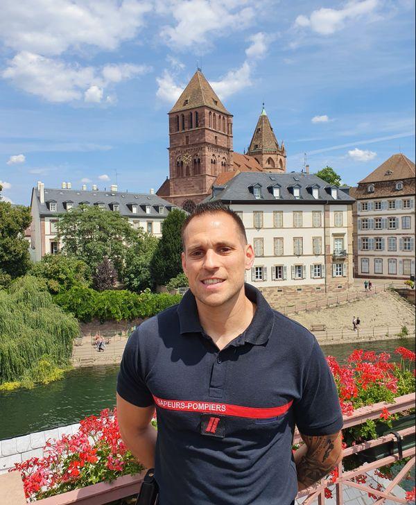 Le caporal Florian Goutagny un l'un des initiateurs du bal des sapeur pompier de Strasbourg. Il est vice président du comité d'organisation de cet événement