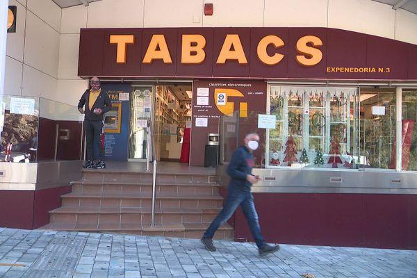 Plusieurs magasins de tabacs ouverts au Perthus.