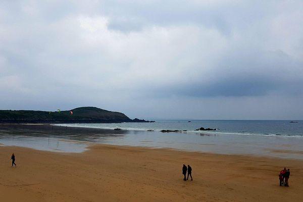 La plage de Lonchamps à St Lunaire (Ille-et-Vilaine). Photo de Christian Lefur, dimanche 29 avril