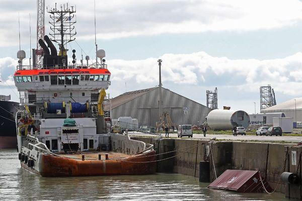 L'arrivée du premier conteneur du Grande America au port de La Rochelle le 19 mars dernier.
