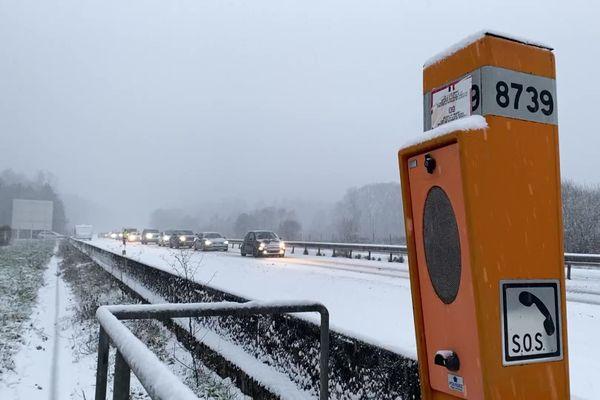 La neige sur l'autoroute A20 dans la Haute-Vienne complique les conditions de circulation