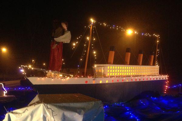 Le Titanic, une des illuminations de Frangy-en-Bresse à voir jusqu'au 5 janvier 2014