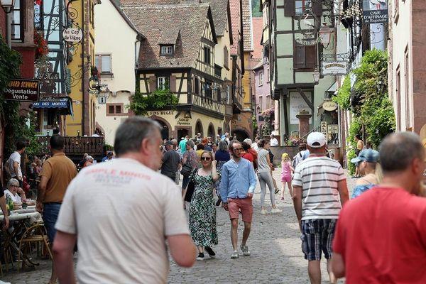 Riquewihr est l'une des communes très appréciées par les visiteurs du nord de l'Europe
