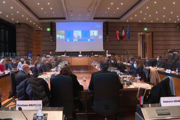 Ultime séance du conseil départemental du Bas-Rhin, à Strasbourg.