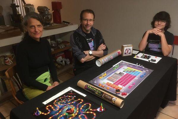 Sabine et Thomas ont conçu leur premier jeu, alors que leur fils Elfin n'avait que trois ans.