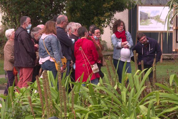 De nombreux habitants étaient présents pour la présentation du projet de réaménagement du bourg d'Etrelles