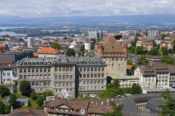 La Suisse enregistre un premier décès lié au coronavirus, dans le canton de Vaud.
