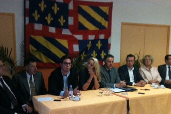 Marion Maréchal-Le Pen est venue encourager les troupes du FN pour les municipales de 2014 en Côte d'Or