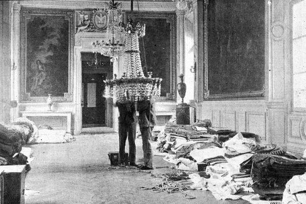 """Le Monde Illustré – Les préparatifs à Compiègne – """"Un salon transformé en magasin de bric-à-brac"""""""