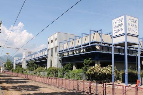 Le lycée Marie Curie à Echirolles en Isère