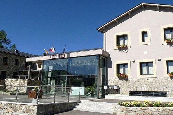 Bolquère (Pyrénées-Orientales) - la mairie - archives
