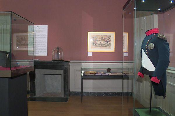 La nouvelle salle Napoléon aux Musées de Sens présente de nouveaux objets issus de legs